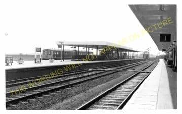 Ely Railway Station Photo. Waterbeach - Littleport. Cambridge to Kings Lynn. (10)