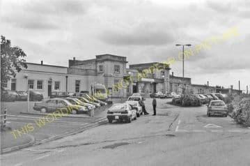 Ely Railway Station Photo. Waterbeach - Littleport. Cambridge to Kings Lynn. (22)