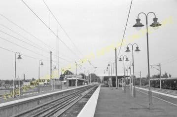 Ely Railway Station Photo. Waterbeach - Littleport. Cambridge to Kings Lynn. (23)