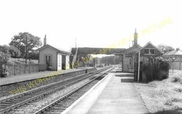 Evershot Railway Station Photo. Maiden Newton - Yetminster. Yeovil Line. (13)