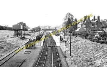 Evershot Railway Station Photo. Maiden Newton - Yetminster. Yeovil Line. (2)