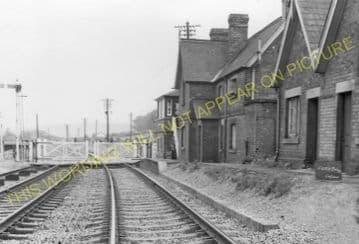 Ford Bridge Railway Station Photo. Leominster - Dinmore. Hereford Line. (6)