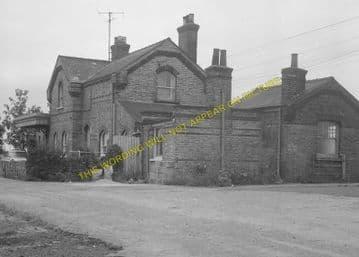 Fordham Railway Station Photo. Newmarket to Soham and Mildenhall Lines. (11)