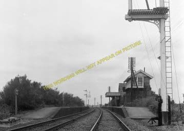 Fordham Railway Station Photo. Newmarket to Soham and Mildenhall Lines. (16)