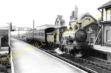 Fordham Railway Station Photo. Newmarket to Soham and Mildenhall Lines. (4)
