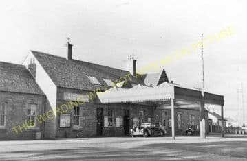 Forfar Railway Station Photo. Caledonian Railway. (4)