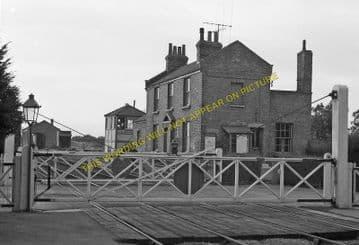 Fulbourne Railway Station Photo. Cambridge - Six Mile Bottom. (1)