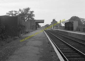 Fulbourne Railway Station Photo. Cambridge - Six Mile Bottom. (13)