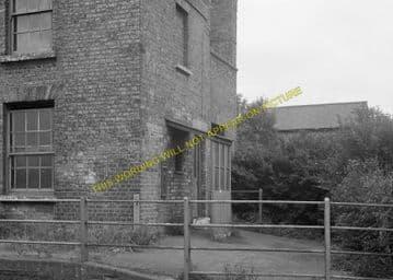 Fulbourne Railway Station Photo. Cambridge - Six Mile Bottom. (14)