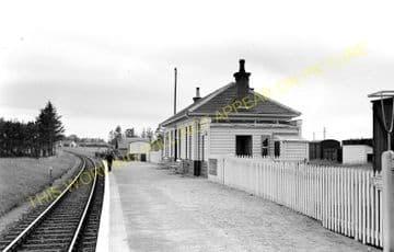 Garmouth Railway Station Photo. Spey Bay - Urqhart. Buckie to Elgin Line. (3)