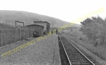 Glenbuck Railway Station Photo. Inches - Muirkirk. Caledonian Railway. (1)
