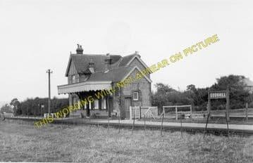 Godshill Railway Station Photo. Merstone - Whitwell. Ventnor Line. (2)
