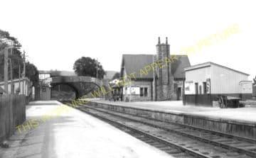 Golspie Railway Station Photo. The Mound - Dunrobin. Brora Line. Highland. (3)