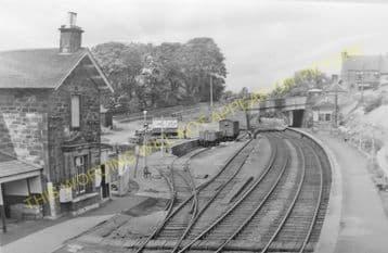 Gorebridge Railway Station Photo. Fushiebridge - Newtongrange. (2)