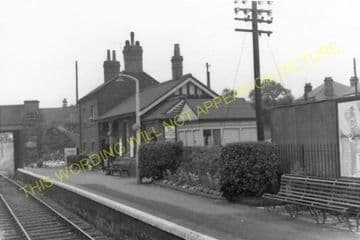 Gwersyllt Railway Station Photo. Wrexham - Cefn-y-Bedd. Buckley Line. GCR. (2)