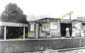 Haven Street Railway Station Photo. Newport - Ashey. Isle of Wight. (1)