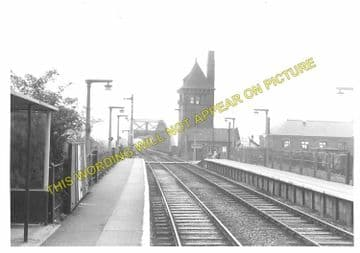 Hawarden Bridge Railway Station Photo. Shotton - Burton Point. Great Central (2)