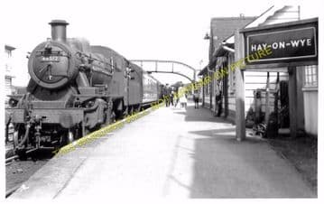 Hay-on-Wye Railway Station Photo. Glasbury to Whitney and Clifford Lines. (5)
