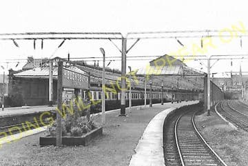 Helensburgh Central Railway Station Photo. Craigendoran Line. North British (7)