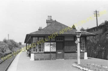 Helensburgh Upper Railway Station Photo. Craigendoran - Row. North British (1)