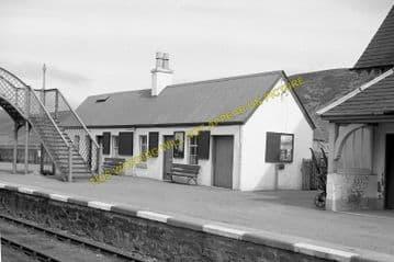 Helmsdale Railway Station Photo. Loth - Kildonnan. Brora to Kinbrace Line (4)