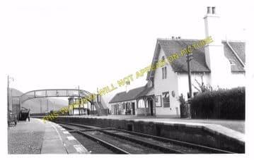 Helmsdale Railway Station Photo. Loth - Kildonnan. Brora to Kinbrace Line (7)