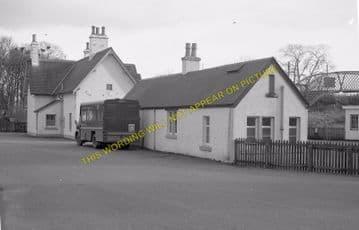 Helmsdale Railway Station Photo. Loth - Kildonnan. Brora to Kinbrace Line (9)