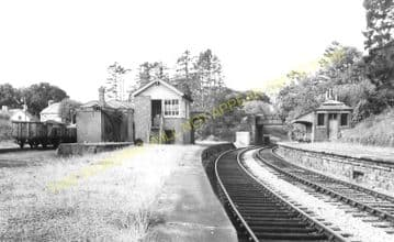 Henllan Railway Station Photo. Newcastle Emlyn - Pentrecrourt. Pencader Line (1)
