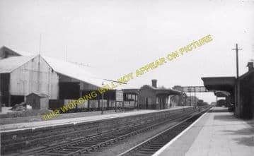 Hirwain Railway Station Photo. Aberdare - Rhigos. Merthyr to Glyn Neath Line (4)