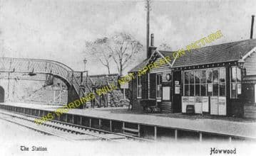 Howwood Railway Station Photo. Milliken Park - Lochside. Johnstone to Beith. (1)