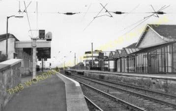 Irvine Railway Station Photo. Kilwinning - Gailes. Glasgow & South Western. (3)