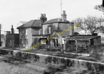 Kennett Railway Station Photo. Newmarket - Higham. Bury St. Edmunds Line. (4)
