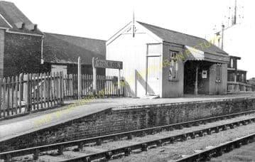Kenton Railway Station Photo. Aspall - Worlingworth. Haughley to Laxfield. (2).