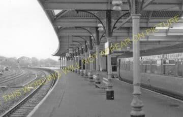 Kilmarnock Railway Station Photo. Glasgow & South Western Railway. (5).