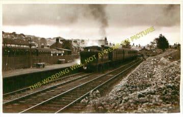 Kilsyth Railway Station Photo. Gavell and Kirkintilloch Line. (1)