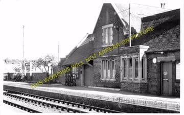 Kimbolton Railway Station Photo. Raunds - Grafham. Thrapston to Huntingdon. (4).