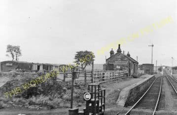 Kingsbarns Railway Station Photo. Crail - Boarhills. Ellie to Stravithie. (2).