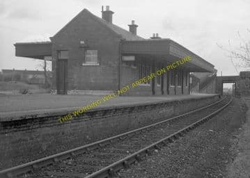 Kinross Jct. Railway Station Photo. Milnnathort to Balado and Blairadam Line (7)