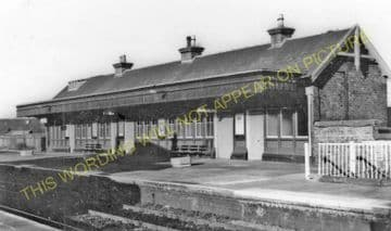 Ladybank Railway Station Photo. Kingskettle to Auchtermuchty & Cupar. (8)
