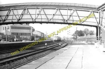Larbert Railway Station Photo. Bonnybridge to Airth and Plean Lines. (3)