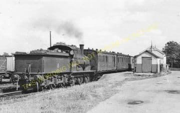 Laxfield Railway Station Photo. Stradbrooke and Haughley Line. Mid Suffolk. (9).