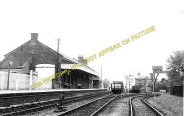 Leiston Railway Station Photo. Saxmundham - Aldeburgh. Great Eastern Railway. (2)