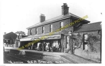 Leiston Railway Station Photo. Saxmundham - Aldeburgh. Great Eastern Railway. (3)