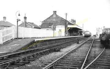 Leiston Railway Station Photo. Saxmundham - Aldeburgh. Great Eastern Railway. (5)