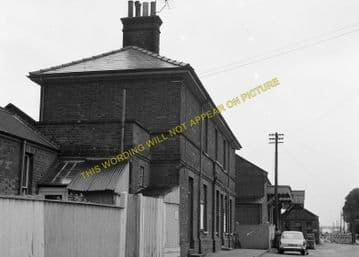 Leiston Railway Station Photo. Saxmundham - Aldeburgh. Great Eastern Railway. (6)