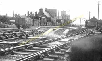Leuchars Old Railway Station Photo. Tayport to Dairsie & Guard Bridge Lines. (1)