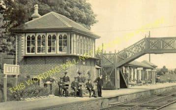 Liff Railway Station Photo. Dundee - Lochee. Newtyle Line. Caledonian Rly. (2)