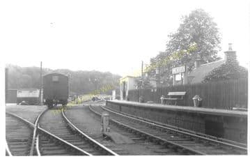 Lindean Railway Station Photo. Selkirk - Abbotsford Ferry. Galashiels Line. (2)