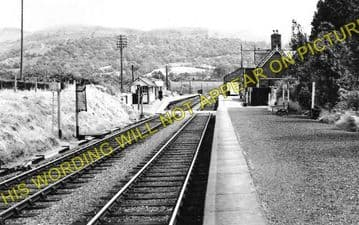 Llanbrynmair Railway Station Photo. Talerddig - Cemmes Road. (2)