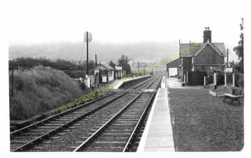 Llanbrynmair Railway Station Photo. Talerddig - Cemmes Road. (5)
